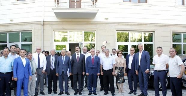 Anadolu Üniversitesi Azerbaycan Programlarının tanıtımı Bakü'de gerçekleştirildi