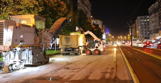 Eskişehir'in ana caddeleri yenileniyor