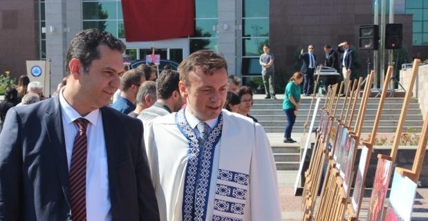 ESOGÜ'de anlamlı 15 Temmuz töreni