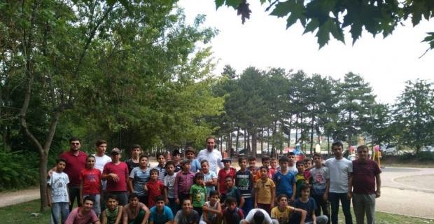 Kur'an kursu öğrencileri eğlenirken öğreniyor