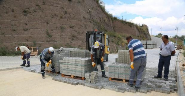 Odunpazarı'ndan Karapınar'da kilittaş çalışması