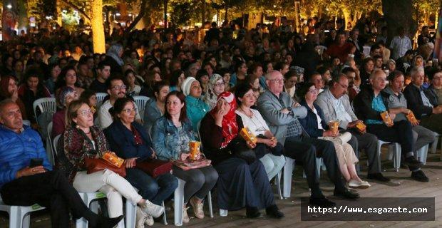 Sokak Sineması keyfi Hamamyolu'nda başladı