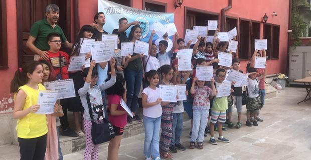 Türk Ocağı Yaz Okulu İlk Mezunlarını Verdi