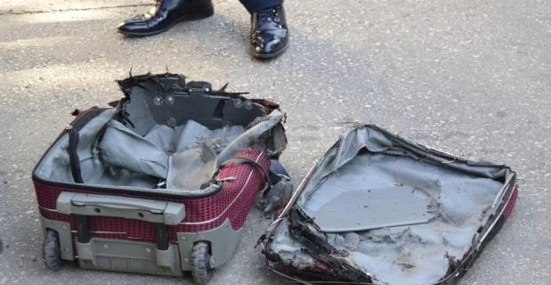 Üniversitede şüpheli valiz patlatıldı