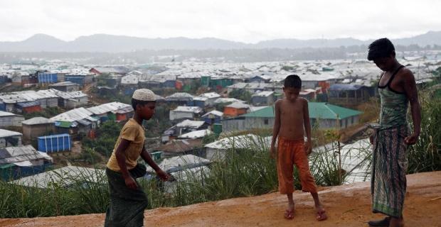 Bangladeş 6 bin Rohingyalı mülteciyi geri gönderiyor