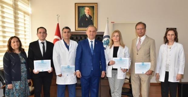 ESOGÜ Tıp Fakültesi öğretim üyelerinin Avrupa'daki dikkat çeken başarıları