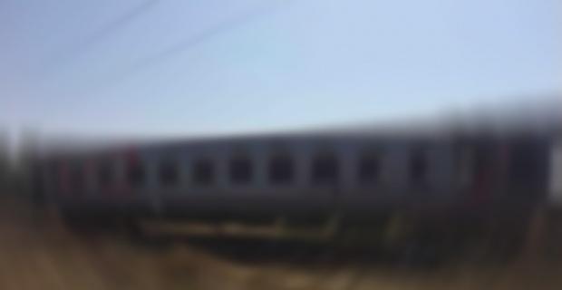 Hindistan'daki tren kazasında en az 50 ölü