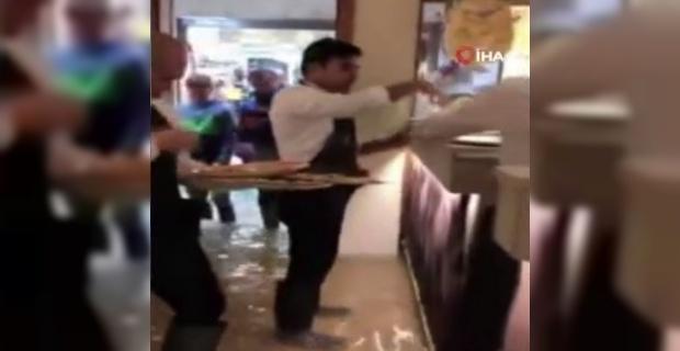Sel suları pizza servisini durduramadı