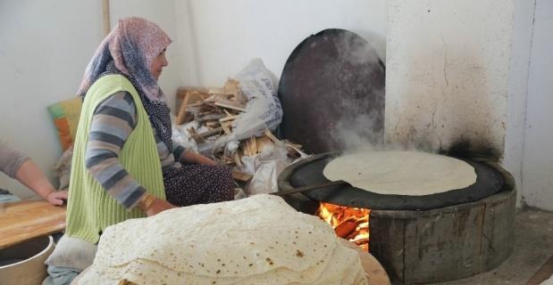 Selami Vardar Halk Merkezinde kadınlara kendi ekmeğini pişirme fırsatı