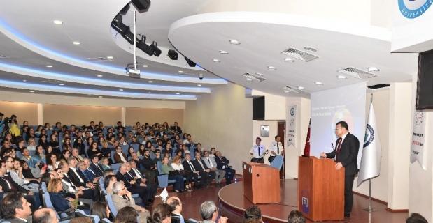 TÜBİTAK Başkanı Prof. Dr. Hasan Mandal, ESOGÜ'lü öğrencilerle