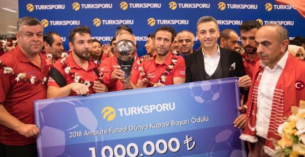 Ampute Futbol Milli Takımı'na 1 milyon TL ödül
