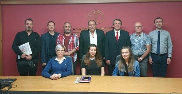 Anadolu Üniversitesi ile TURÇEF arasında anlaşma