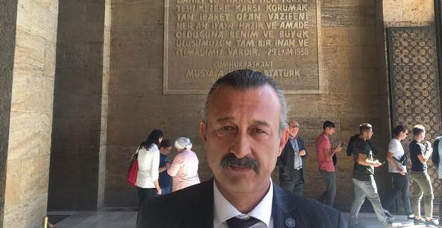 Atatürk'ü biz 'İYİ'ler seviyor