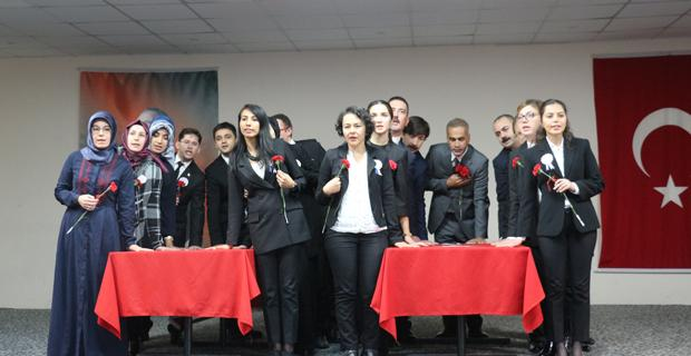 Eskişehir'de 'Öğretmenler Günü' kutlandı