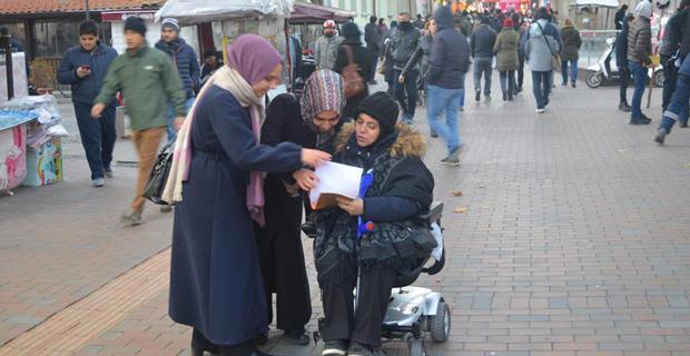 Doğu Türkistan'da insan hakları ihlallerine son verilsin