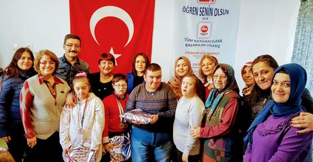 MHP'li kadınlardan özel ziyaret