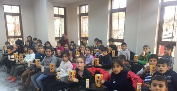 Odunpazarı'nda çocuklara özel film gösterimi