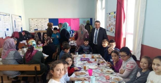 Şuhut'ta minik öğrencilerin yerli malı heyecanı