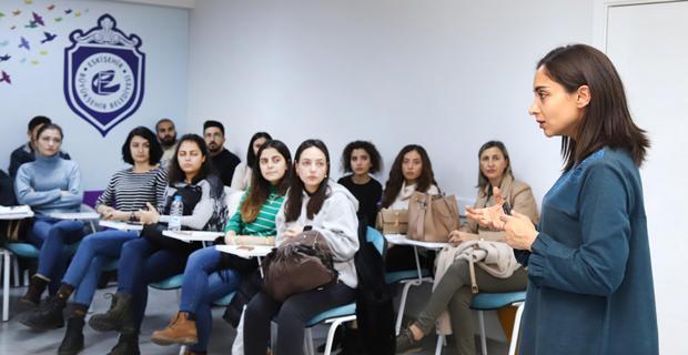 Üniversite öğrencilerinden Kadın dayanışma merkezine ziyaret