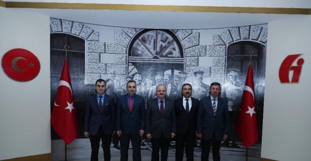 Vali Çakacak, Vergi Dairesi Başkanlığı'nı ziyaret etti