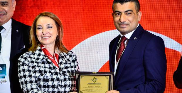 Akçasoy, başkanlığı Ekrem Aslana devretti