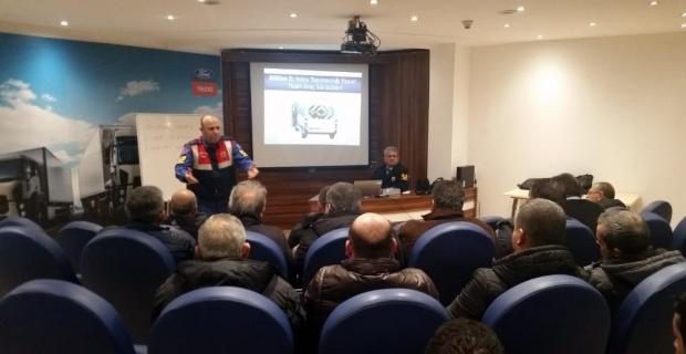 Eskişehir İl Jandarma Komutanlığı'ndan servis şoförlerine eğitim