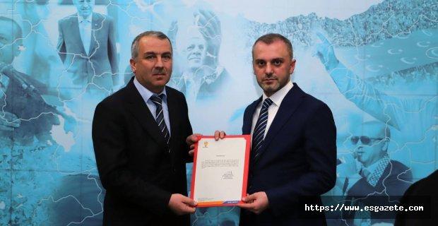 Ak Parti Alpu ilçe başkanı Yavuz oldu