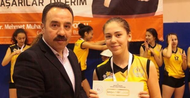 Anadolu Yıldızlar Ligi Voleybol Çeyrek Final müsabakaları sona erdi