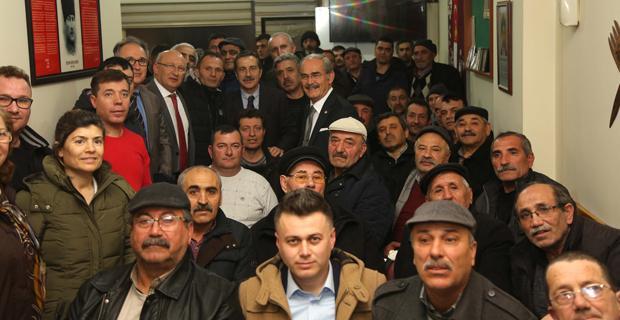 Çamlıca'da vatandaşlarla bir araya geldiler