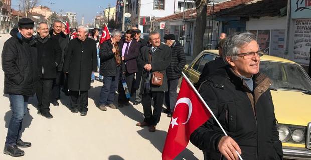 Emekli öğretmenlerden Gündoğan'a destek