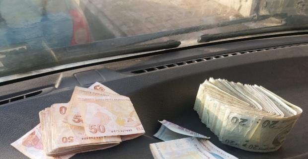 Yıkamaya verilen yorganın içinden deste deste para çıktı