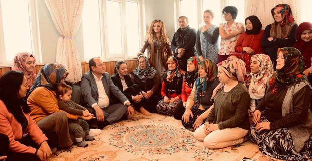 Hasan Tuç kadınlarla mahallenin sorunlarını konuştu