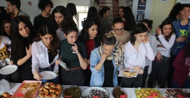 """""""Otizm Yaşam Köyü"""" yararına kermes"""