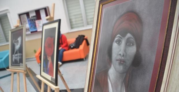 Eserlerini Dünya Kadınlar Günü'nde gururla sergilediler