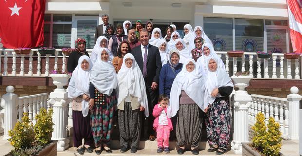 AK Gönül Dostu Kadınlardan Hüseyin Çam'a ziyaret