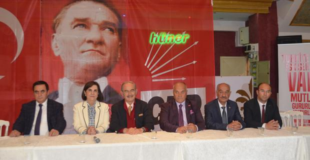 AKP'nin kumaşı artık dikiş tutmaz