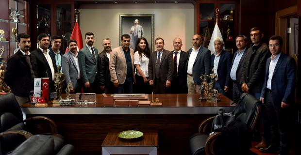 Ataç'a kutlama ziyaretleri sürüyor