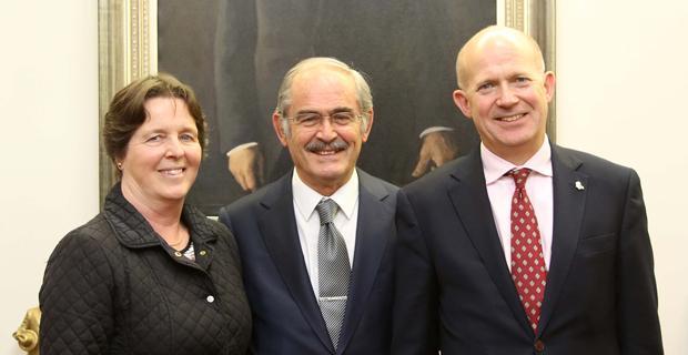 Büyükelçi Chilcott'tan Büyükerşen'e ziyaret