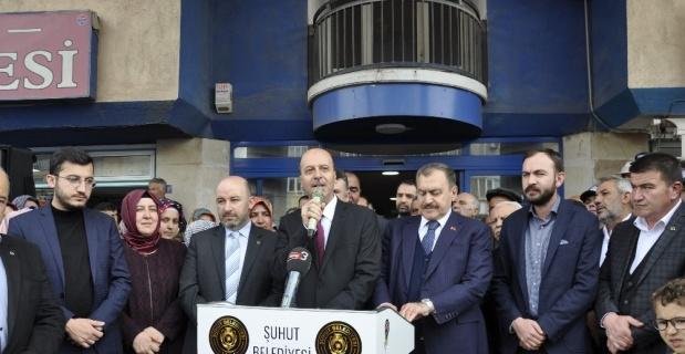 Eski Bakan Eroğlu'ndan Başkan Bozkurt'a hayırlı olsun ziyareti
