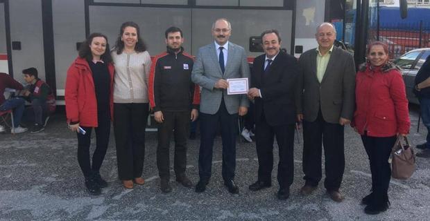 Eskişehir Atatürk Lisesi'nden örnek kan bağışı kampanyası