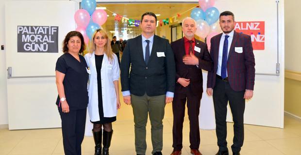 Palyatif Servisi'ndeki hastalar için Moral Günü programı