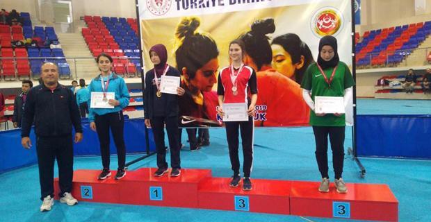 Fatih Anadolu Lisesi'nden İki Türkiye İkinciliği