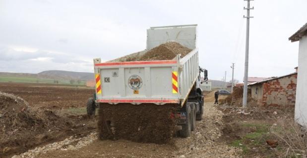 İnönü'de yol iyileştirme çalışmaları devam ediyor