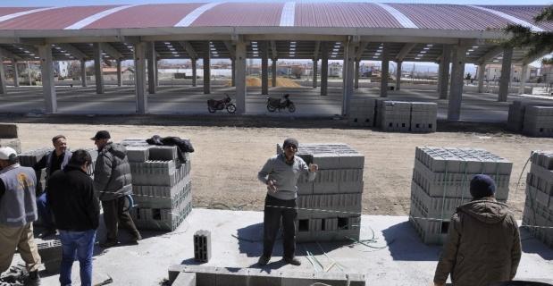 Şuhut'ta Kapalı Pazar Yeri çalışmalarında sona geliniyor