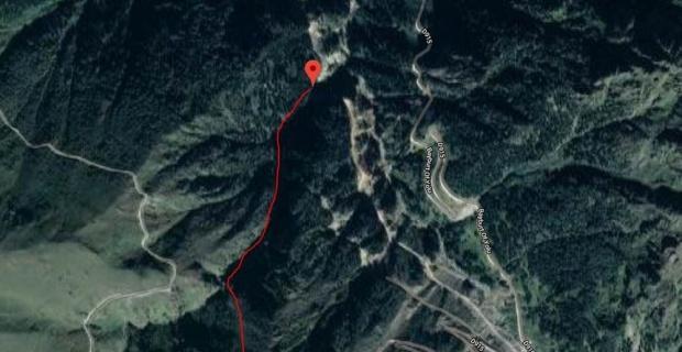 Kayıp gazetecinin cesedi düştüğü yerden 1 km uzaklıkta bulundu