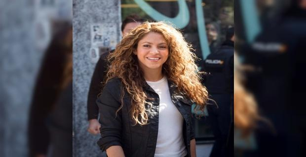 Shakira hakim karşısına çıktı