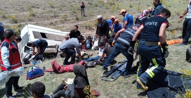 Katliam gibi: 10 ölü 25 yaralı
