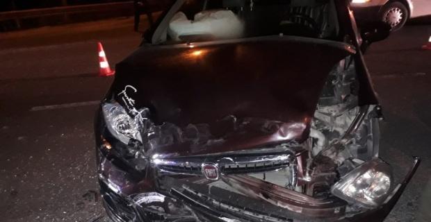 İki otomobil çarpıştı; 1 yaralı