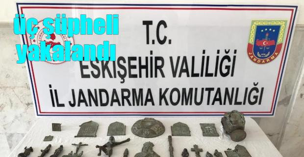 Tarihi eser kaçakçıları yakalandı