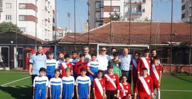 Yaz Okulu Kur'an kursları arasında Camiler Arası Halı Futbol Turnuvası